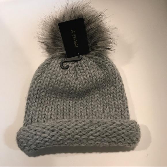 cb355b2d7c891 Forever 21 knitted beanie hat